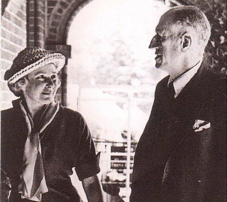 הברון ג'מס ואשתו